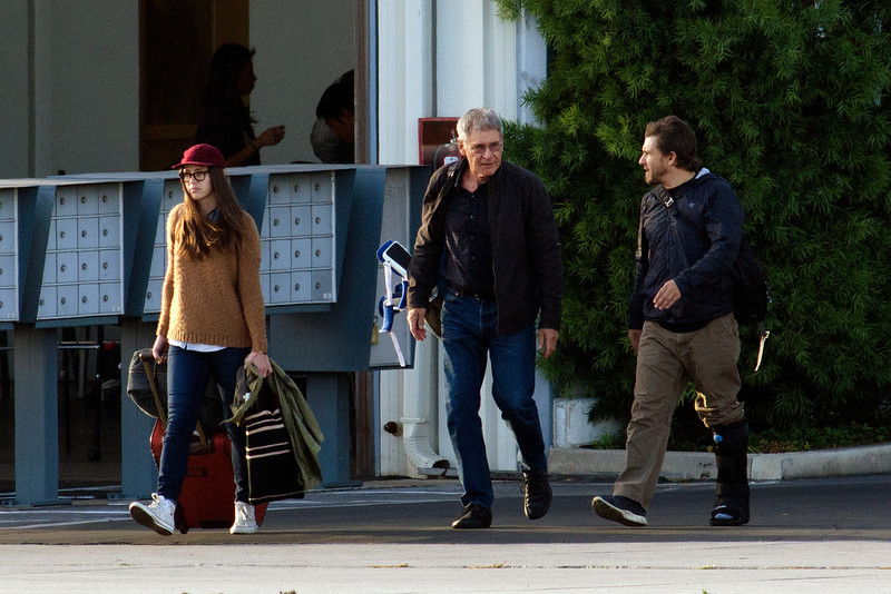 Harrison Ford,Calista,Liam Take off for Thanksgiving.