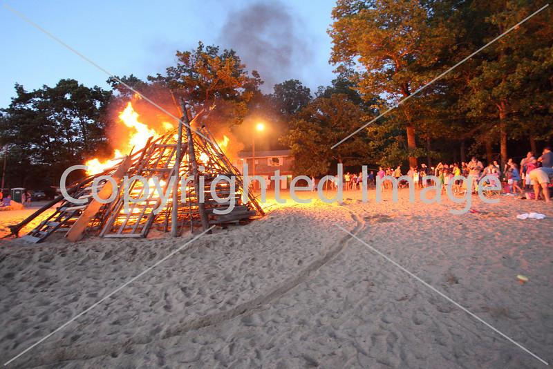 2010_bonfire_7885