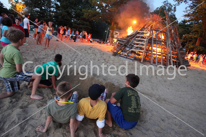 2010_bonfire_7882