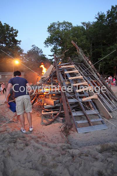 2010_bonfire_7878