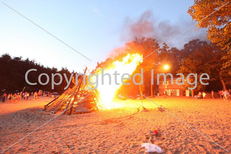 2010_bonfire_7887