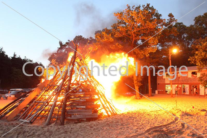2010_bonfire_7886
