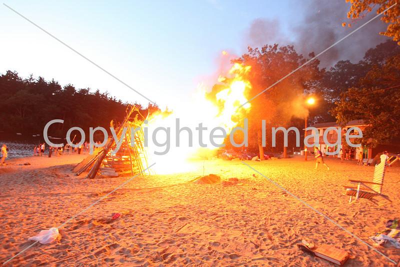 2010_bonfire_7888