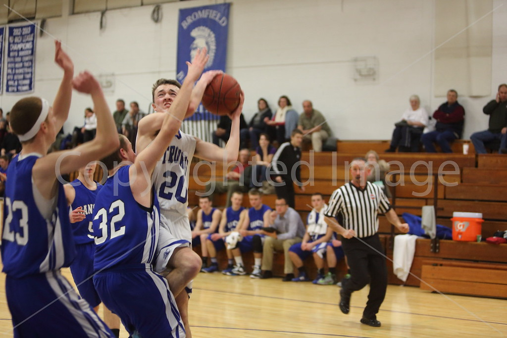 2015_boys_v_Narragansett_8630