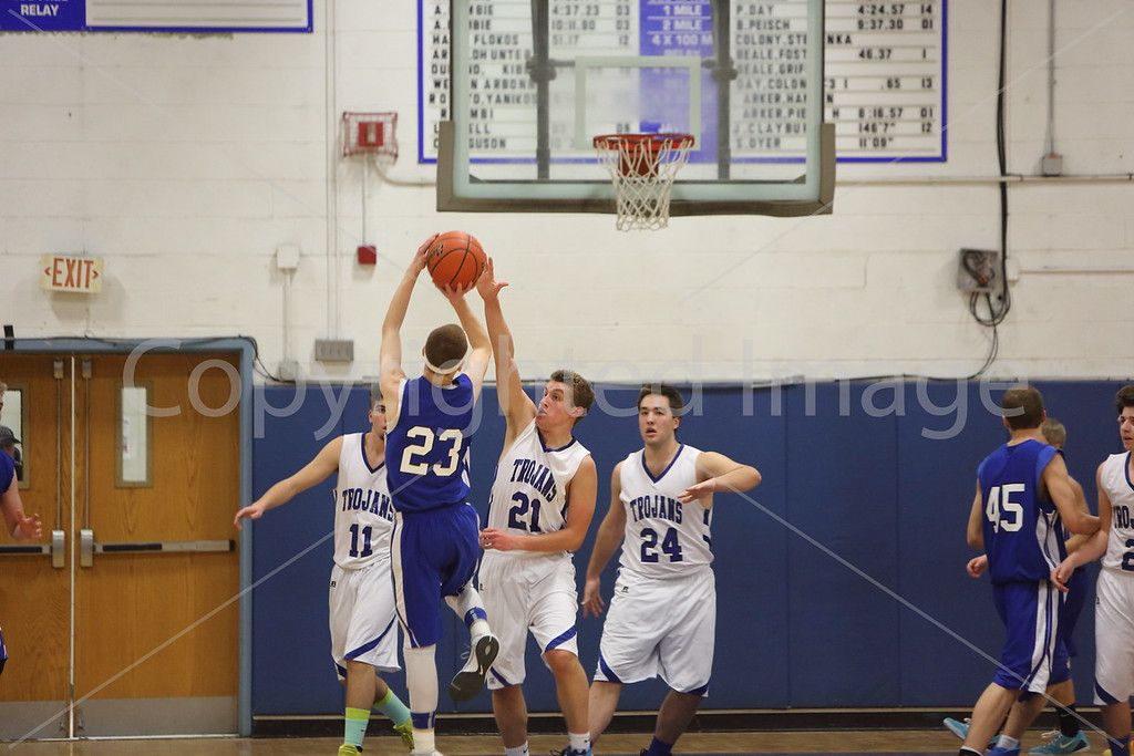 2015_boys_v_Narragansett_8611