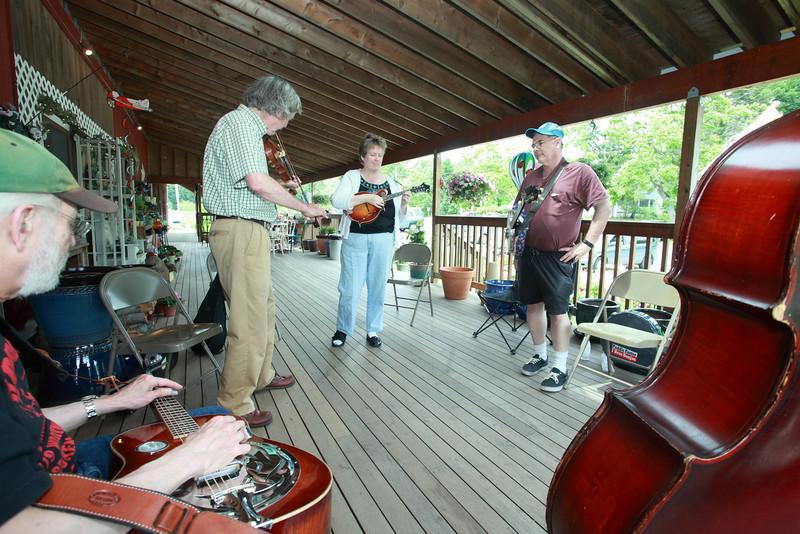Bluegrass_1804
