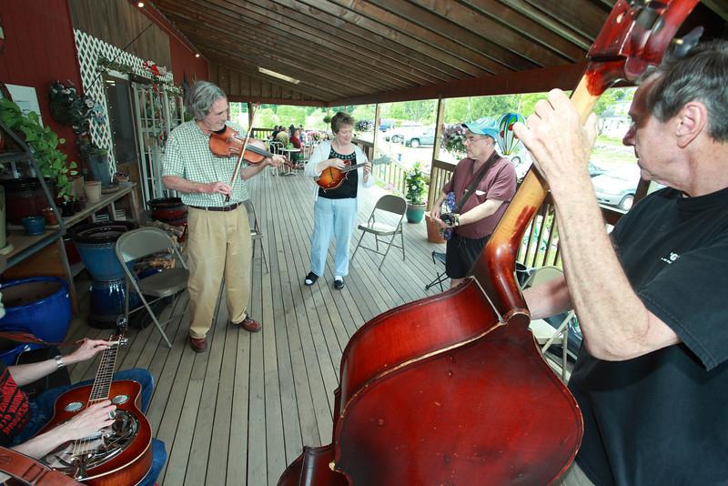 Bluegrass_1806