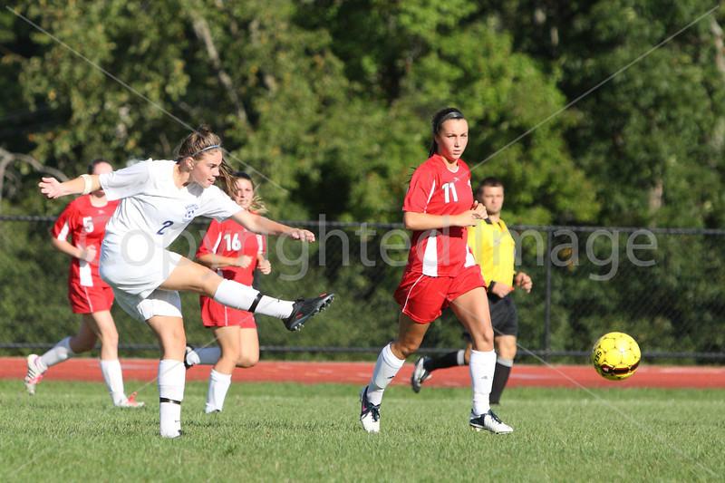 girls_soccer_2441