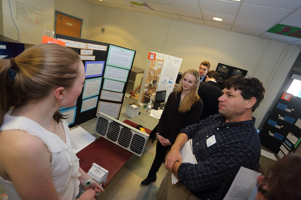 2015_Science_Fair_9450