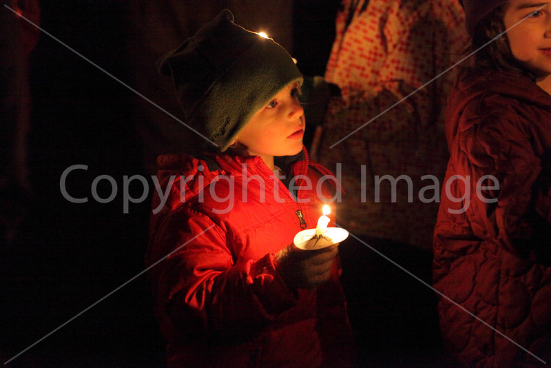 tree_lighting_3450