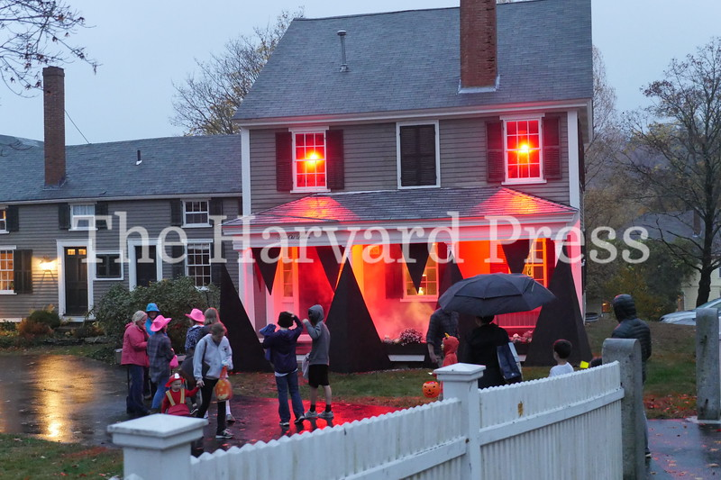 Harvard Halloween 2019 Windy, rainy and warm.<br /> <br /> The Maglothin's Monster house on Old Littleton Road.