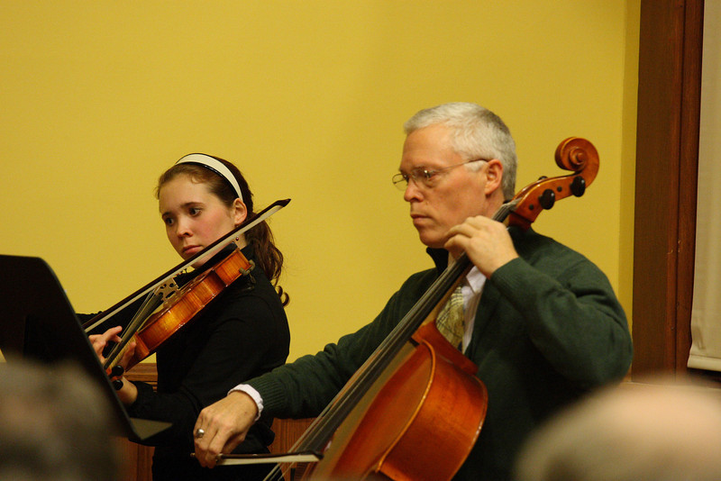 Kristina and Charles Kronauer perform at a Thanksgiving concert held in Volunteers Hall. (Photo by Lisa Aciukewicz)