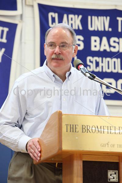 Bob Eubanks at Annual Town Meeting 2010