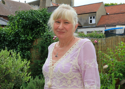 06 JUL 2019 – Harwich Secret Gardens – West Street – Gardener, Jill Turnbull - Photo Copyright © Maria Fowler 2019