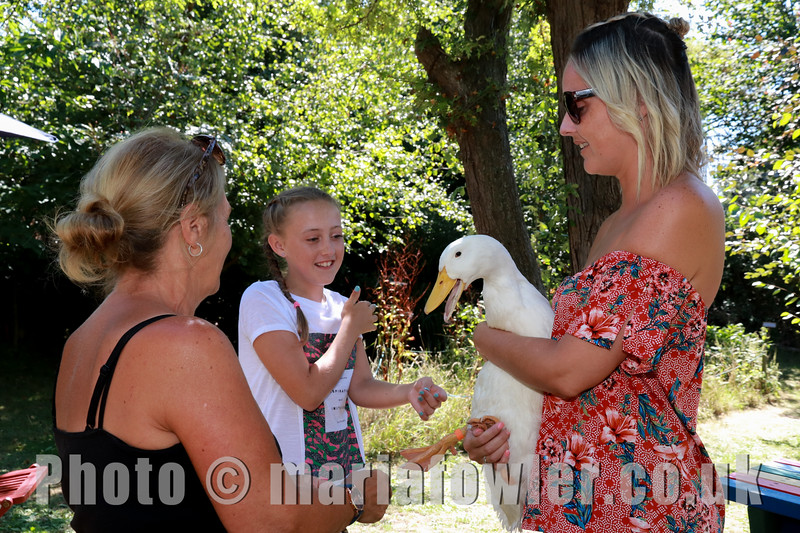 05 AUG 2018 - Frances Jones (Home-Start Harwich, Cacia Double (Age 10, Harwich Community Primary School ) and mum Jade Calvert - Harwich Society Bobbit's Hole Open Day and Charity Stroll - Photo Copyright © Maria Fowler 2018