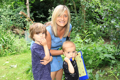 01 AUG 2021 – PICTURED: On the Quiz Trail, Nichola Parr with grandchildren Oscar & Isaac Parr (Age- 4 & 19 months) - Bobbit's Hole Open Day & Charity Stroll – Photo Copyright © Maria Fowler 2021