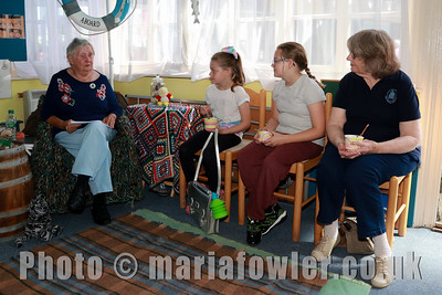 28 AUG 2017 Harwich Society Storytelling Day at the Visitor Centre, Ha'Penny Pier. Pictured: Author and storyteller June Bretherton with Megan Hymers, age 9, Mayflower Primary School, Maddie Hymers age 10, Mayflower Primary School and Grandmother Anne Crotty.