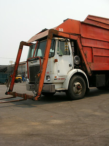 1985 White WX Able Body Front Loader