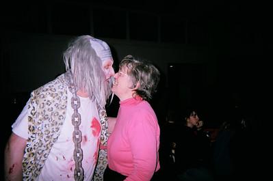 Kissing That?