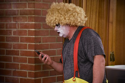Murderous clown's gotta tweet