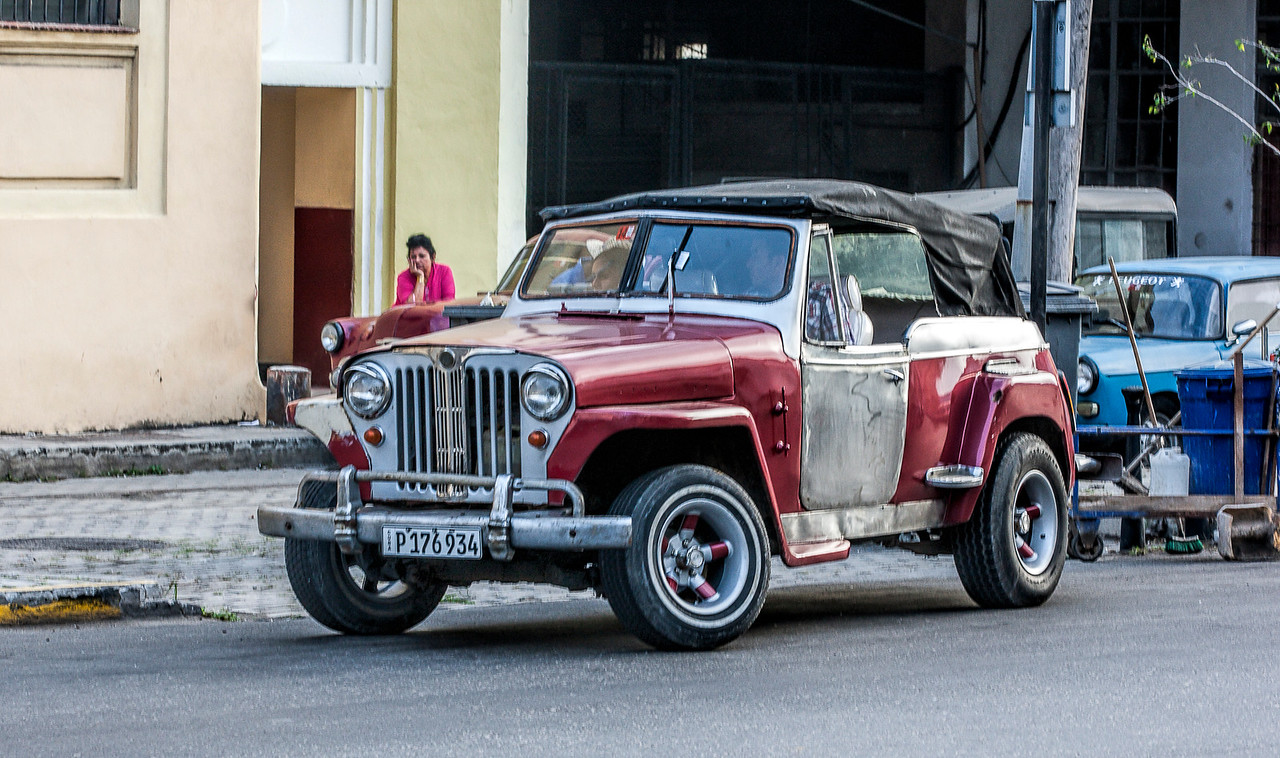 Old American Jeep in Havana