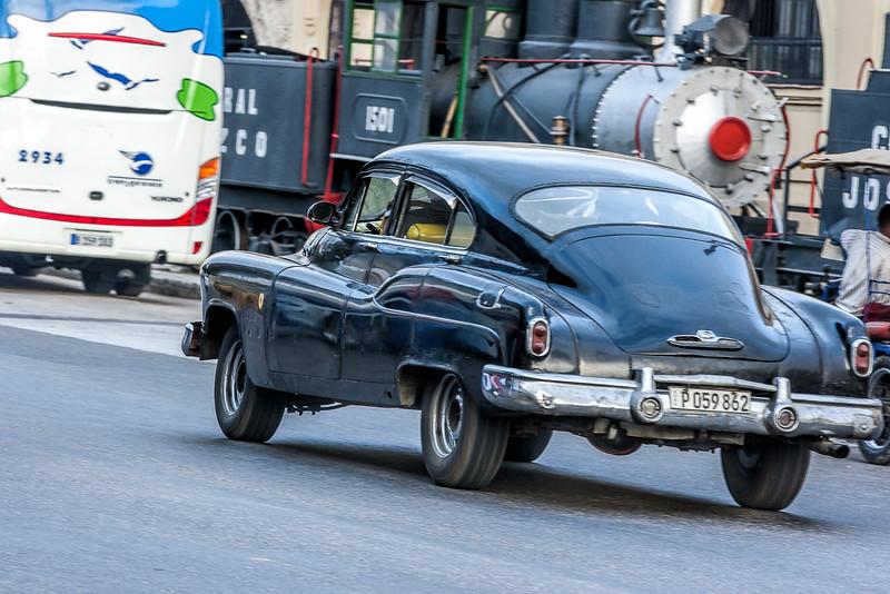 American Car and Steam Engine in Havana
