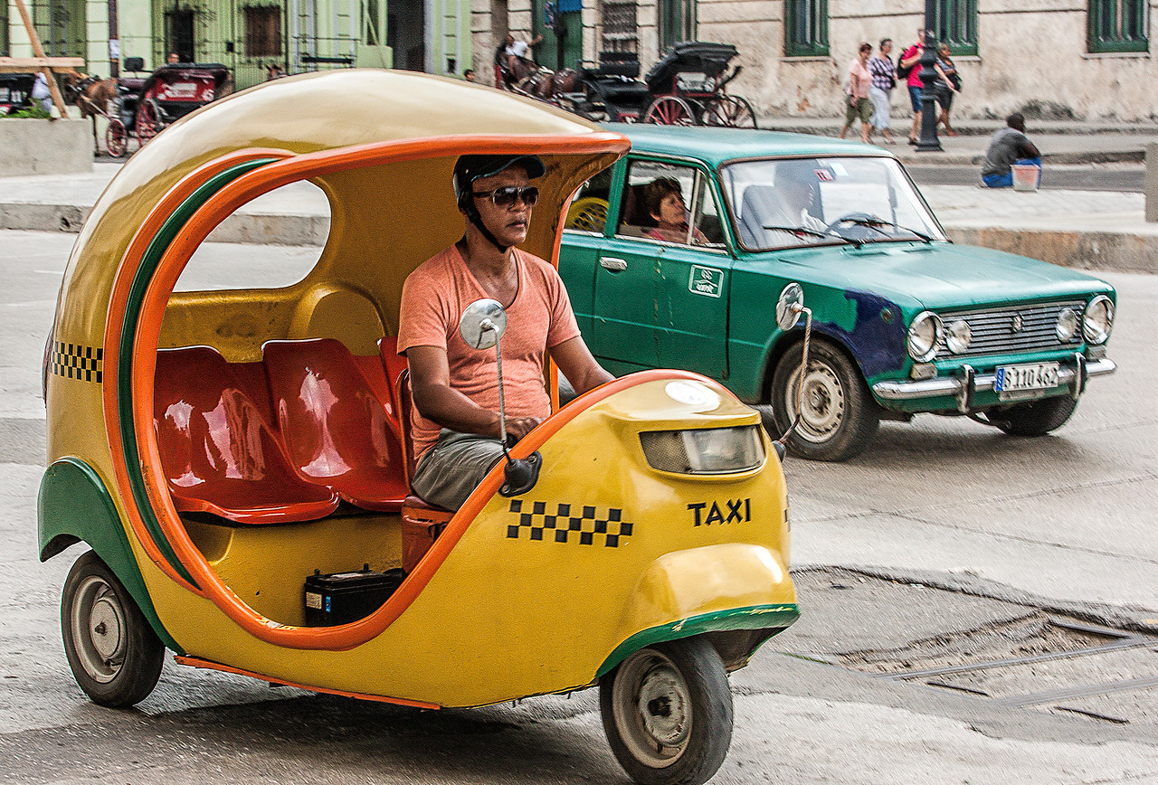 Yellow Taxi in Havana