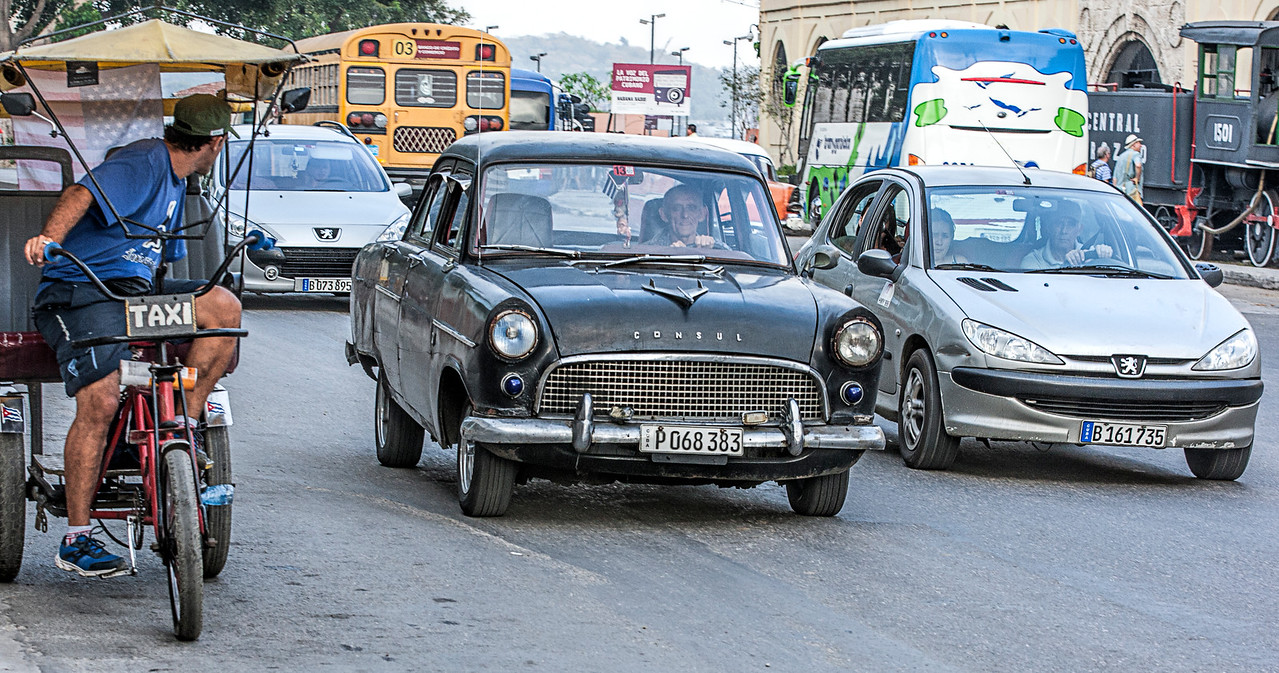 Ford Consul Car in Havana