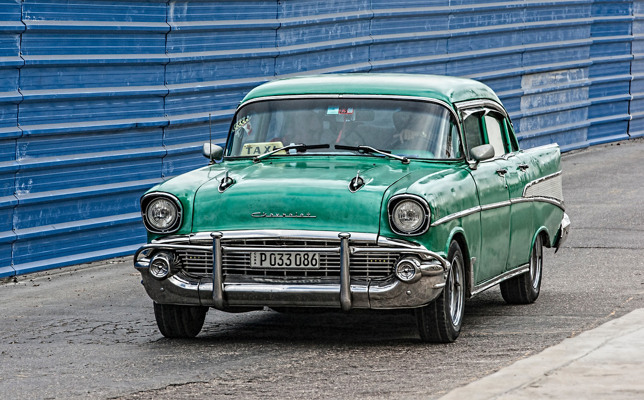 Green Chevvy in Havana