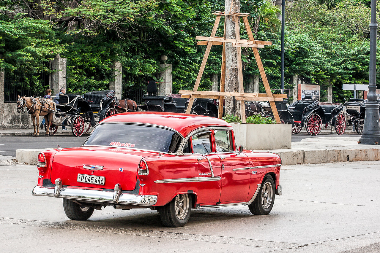 Historic American and Horse Drawn Taxis in Havana