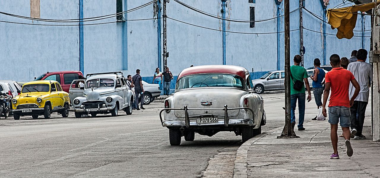 Street Scene in Havana with Old American Cars