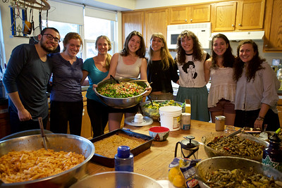 Ehaus members and friends prepare a community dinner made with vegetables and greens from the Haverford Farm. (L-R) Hubert Skertchly '17, Zoë McAlear '16, Farm Fellow Aubrey DeLone, Abby Fullem '16, Sofia Vivado '16, Katy Frank '17, Alison Love '18, and Meghan Wingate '17