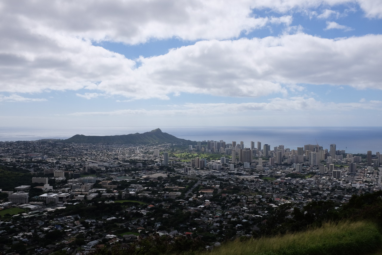 Tantalus Lookout, Honolulu, with Diamond Head in the background