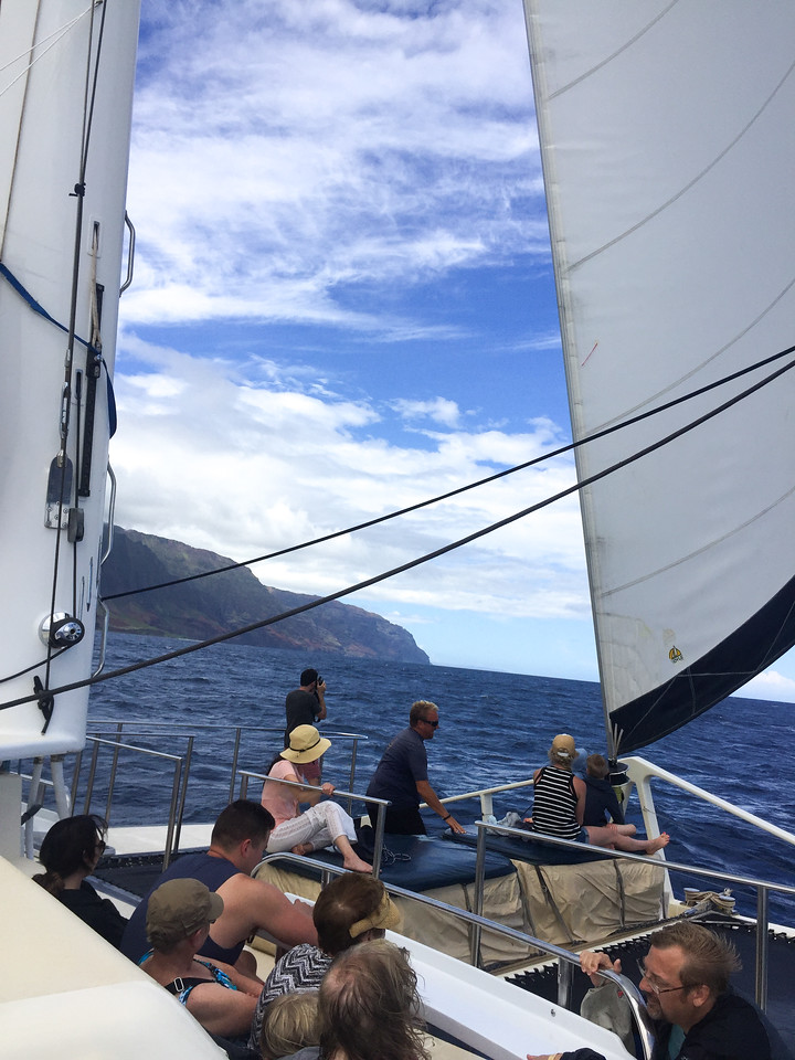 Hawaii 2017; Kauai. Captain Andy's Catamaran Snorkel Cruise to the Na Pali Coast