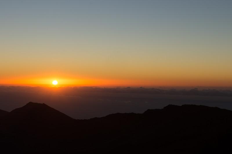 The sun arrived at Halakala 10,000 feet high