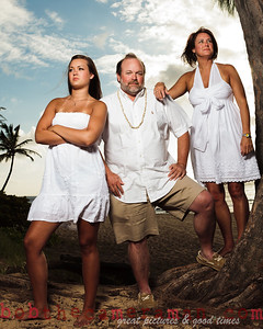 img_6984--teel family portrait-north shore-rockpile-oahu-hawaii-april 2011-edit