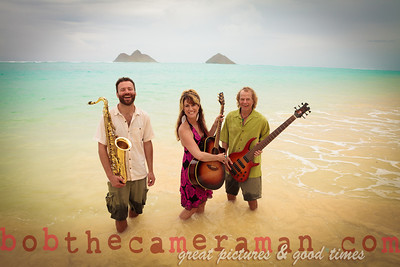 IMG_0539-Gigi Love Band-music-Lanikai-Na Mokulua-Oahu-Hawaii-March 2012