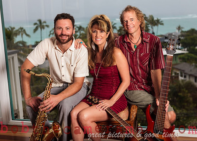 IMG_0250-Gigi Love Band-music-Lanikai-Na Mokulua-Oahu-Hawaii-March 2012