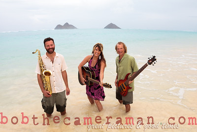 IMG_0540-Gigi Love Band-music-Lanikai-Na Mokulua-Oahu-Hawaii-March 2012