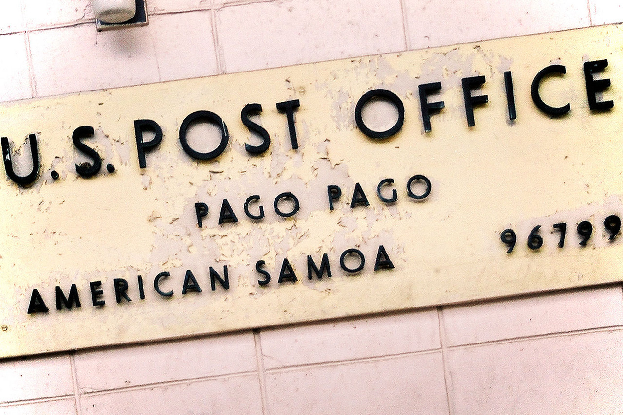 Pago Pago, American Samoa may be a US territory, but Western Samoa is the more genuine destination. 2003, Canon A2e.