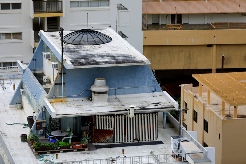 Rooftop apartment in Oahu Hawaii