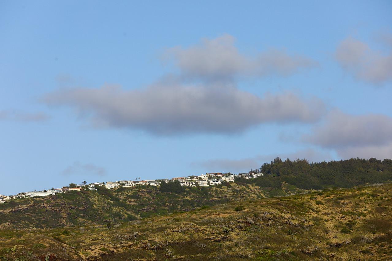 Mountainside homes in Oahu Hawaii