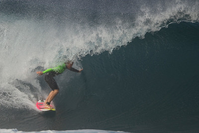 Pipeline Oahu Hawaii 2014