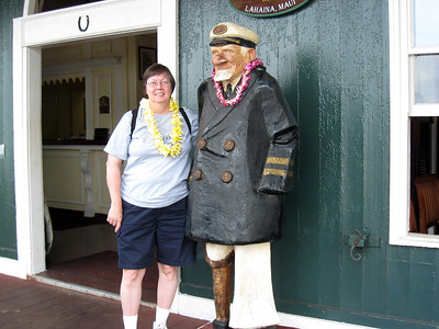 Lahaina - Pat With Old Sailor