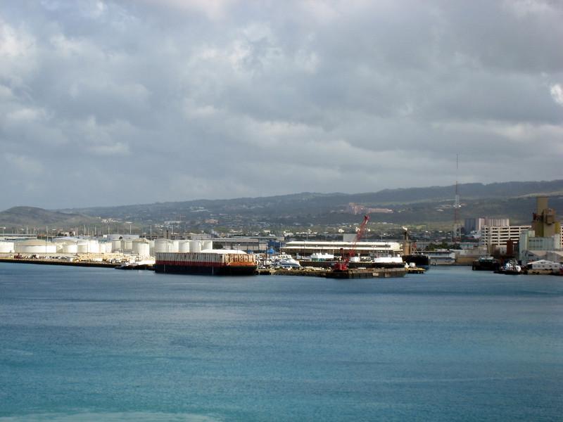 Arriving Honolulu and Disembarcation