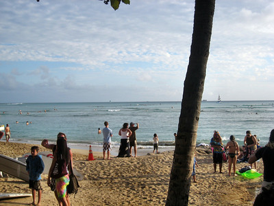 Outrigger Waikiki Hotel and Waikiki Beach Area Scenes