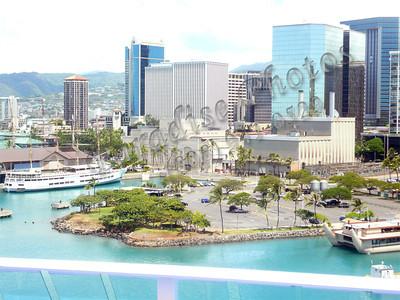 Hono view from CruiseShip 0907