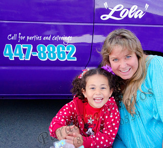 Leah & Eva 033012rw 3489