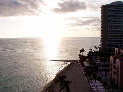 005  Waikiki Beach