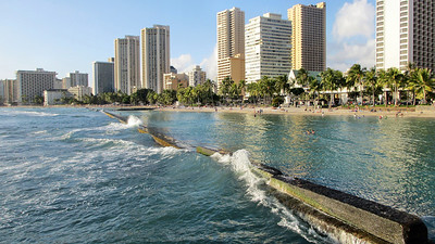 Waikiki Beach area toward Diamond Head away for the Hilton Hawaiian Village